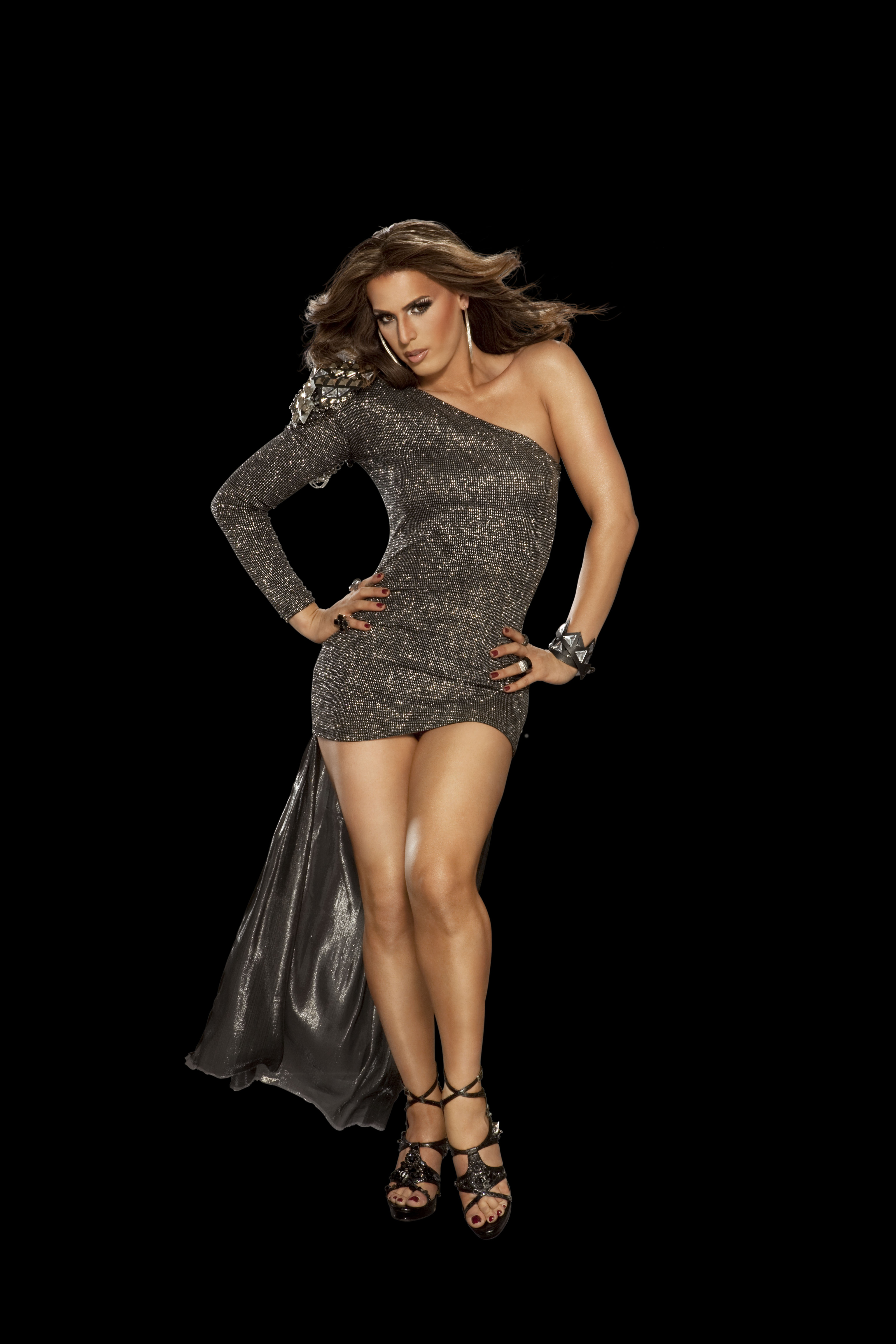 "OF ""RU PAUL'S DRAG RACE"" – CONTESTANT CARMEN CARRERA TALKS"