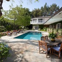 "LIZ TAYLOR'S BEL-AIR HOME, ""$200,000 IN PLANTINGS"" ADDED WITH LARRY FORTENSKY: TAKE A LOOK!"