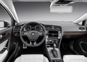 Interior of the refreshed 2015 Volkswagen Jetta.